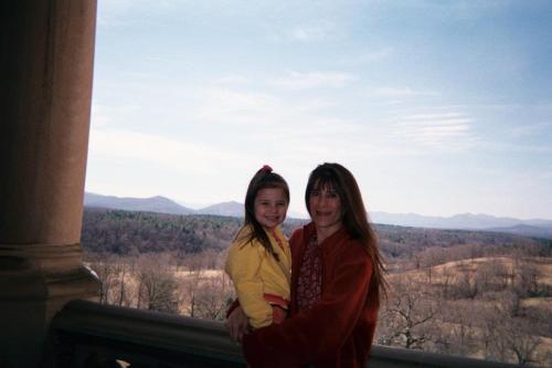 aprilandcharli2004
